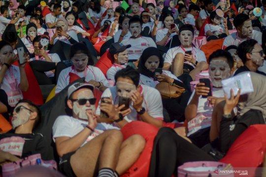 Kampanye wajah sehat dengan masker di Bandung