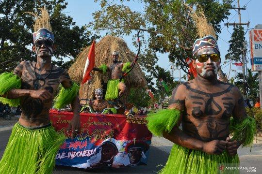 Karnaval HUT RI di Lamongan