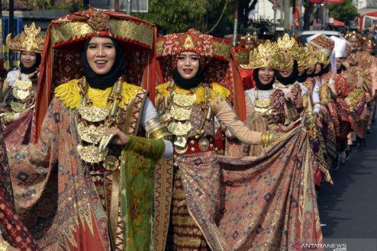 Pawai Budaya Festival Krakatau 2019
