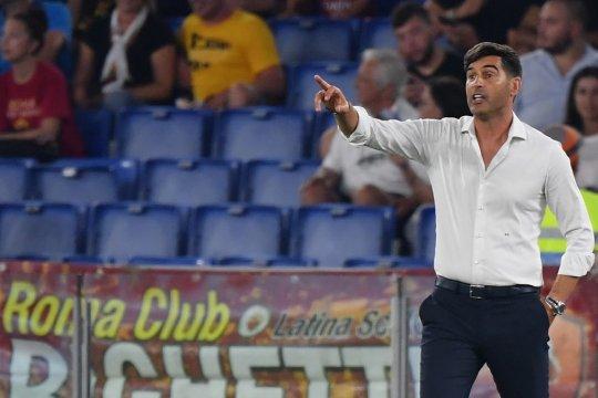 Bagi manajer Roma, sulit membayangkan sepak bola tanpa pelukan hangat
