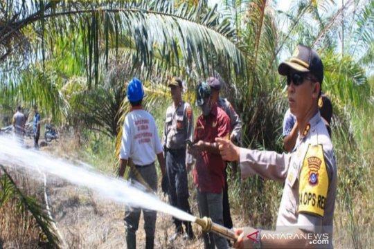 Kapolres Tapin: Perusahaan wajib miliki alat pemadam kebakaran
