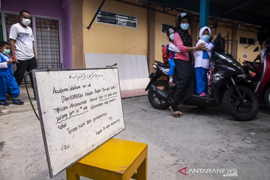 Asap karhutla terus selimuti Pekanbaru, warga mulai mengungsi