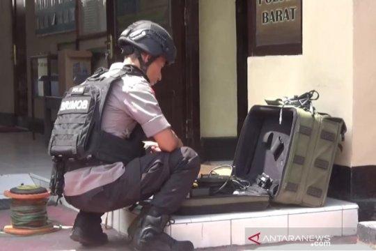Gegana teliti dugaan bom rakitan milik perampok toko emas Magetan