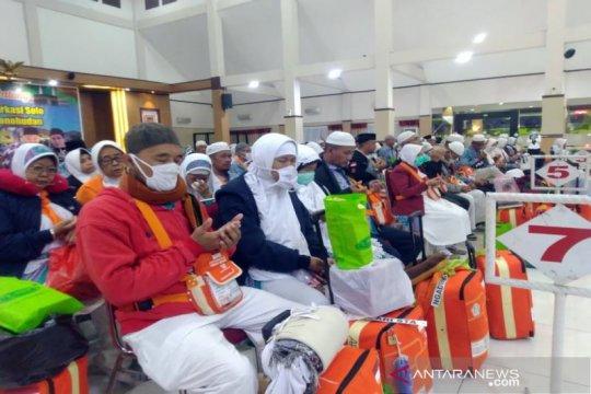 Haji Debarkasi Surakarta yang meninggal bertambah satu orang