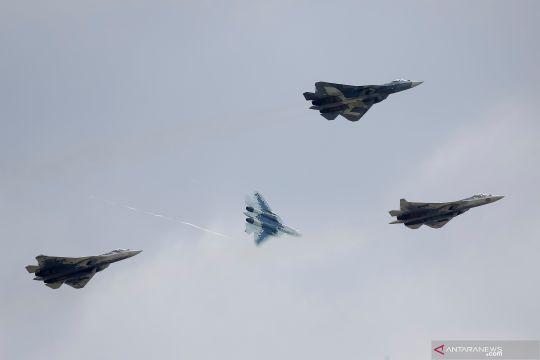 Aksi Sukhoi Su-57 dalam MAKS Air Show