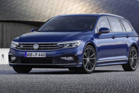 Volkswagen Passat GTE pakai baterai lebih besar