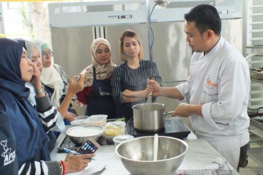 APCA Indonesia ajarkan membuat kuliner tradisional
