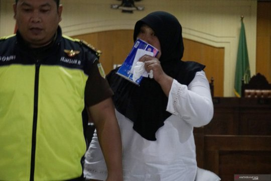 Kompol Tuti mengaku tertekan ketika diperiksa penyidik kepolisian