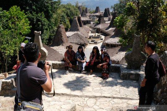 Pesona kampung adat Prai ijing di Sumba Barat