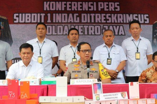 Polda Metro Jaya ungkap penyelundupan 5.571 ponsel asal China
