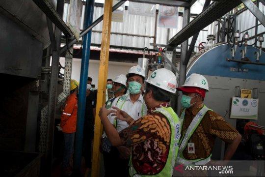 Luhut apresiasi pengolahan sampah di Putri Cempo