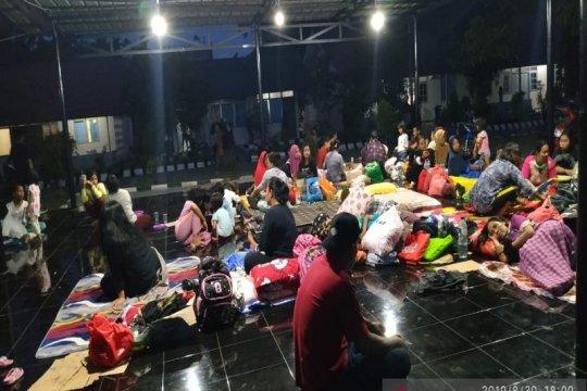 Papua terkini - 4.000 an warga Jayapura kembali mengungsi ke Lantamal