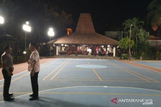 Jenazah Ibunda SBY tiba di Puri Cikeas malam ini