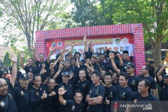 "Kerja keras mewujudkan tradisi ""Suroan"" damai di Madiun"