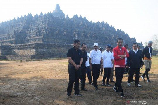 Presiden Joko Widodo berkunjung ke Candi Borobudur