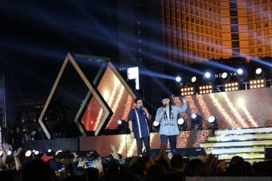 Anies Baswedan-Pasha Ungu duet nyanyi di Jakarta Muharram Festival