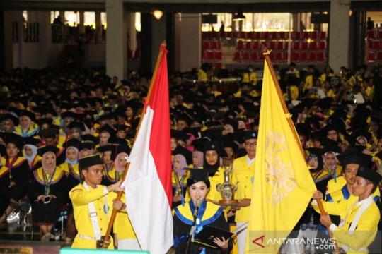 2.650 wisudawan UI lulus dengan predikat Cum Laude