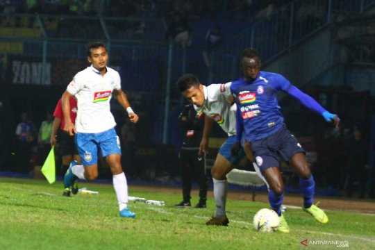 Arema FC ditahan imbang PSIS Semarang 1-1