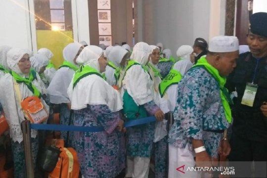 Enam jamaah haji mutasi kloter 8 Debarkasi Medan