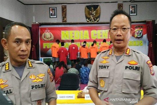 Papua Terkini - Pendemo Deiyai tewas diduga setelah senpi TNI dirampas