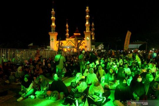 Papua terkini - Mahasiswa FTI UMI Makassar doa bersama untuk Papua