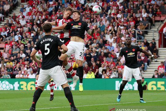 Liga Inggris: Sepuluh pemain Southampton tahan Manchester United 1-1