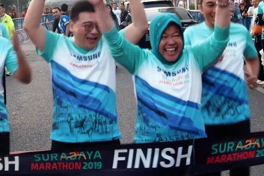 """Ribuan pelari ramaikan """"Surabaya Marathon 2019"""""""