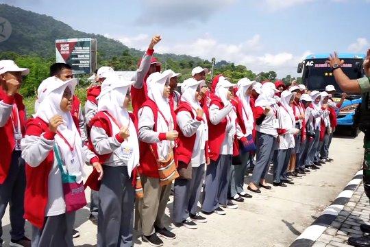 Siswa asal Sulsel berkunjung ke perbatasan RI-PNG
