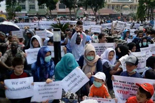 Ratusan pencari suaka di Pekanbaru lakukan aksi damai