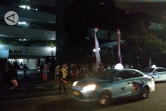Diguncang gempa, warga Jakarta waspada