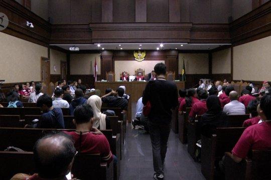 Sidang gugatan polusi udara Jakarta ditunda tiga minggu