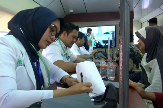 Pengobatan gratis untuk warga tidak mampu dari PT KAI