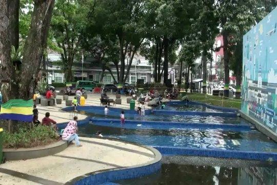 Sebanyak 60 persen taman kota di Bandung perlu rehabilitasi