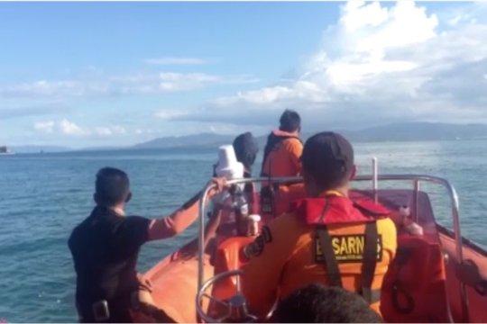 Basarnas perluas zona pencarian korban KM Izhar