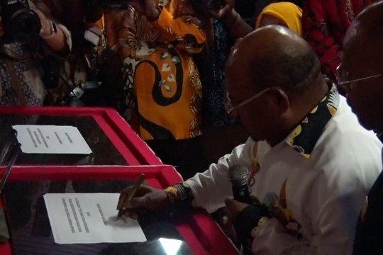 Gubernur Papua luncurkan logo & maskot PON 2020