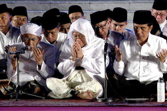 Presiden Jokowi teringat kenangan bersama Mbah Moen