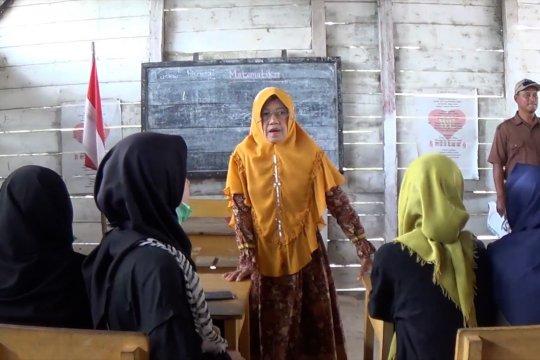 Siswa SMN Sultra sekolah di SD Muhamadiyah Gantong