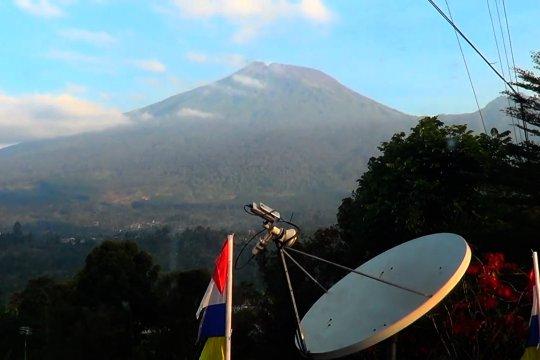 Aktivitas Gunung Slamet dominan gempa hembusan dan tremor