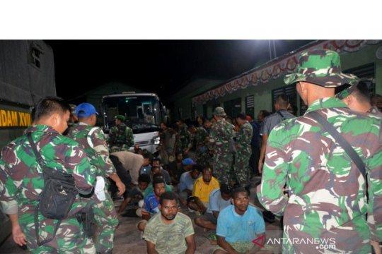 Papua Terkini -298 pendemo dipulangkan dengan kendaraan militer