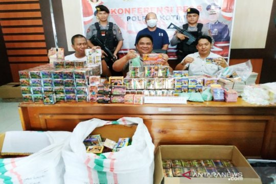 Polres Kotawaringin Timur gagalkan peredaran ribuan bungkus obat kuat
