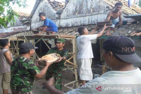 Separuh lebih rumah warga Bangkalan tak layak huni