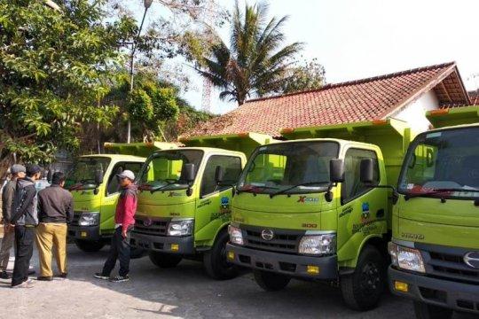 Pemkab Garut sebar 15 truk baru untuk mengatasi darurat sampah
