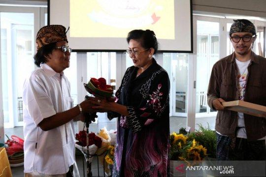 Putri Koster ingin keharuman bunga lokal Bali mendunia