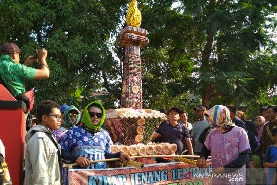 "Papua Terkini - Tarian Papua warnai kirab budaya ""tebokan"" di Kudus"