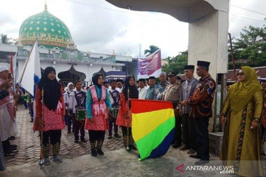 Di Nagan Raya-Aceh pawai busana Muslim meriahkan Tahun Baru Islam