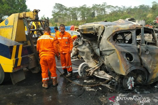 Kapolda Jabar: 21 kendaraan terlibat kecelakaan maut Cipularang