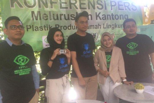 Aktivis: Produsen kantong plastik ramah lingkungan masih minim