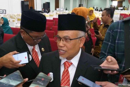 M Taufik-Tetep Abdulatip jabat Pimpinan Sementara DPRD Jabar
