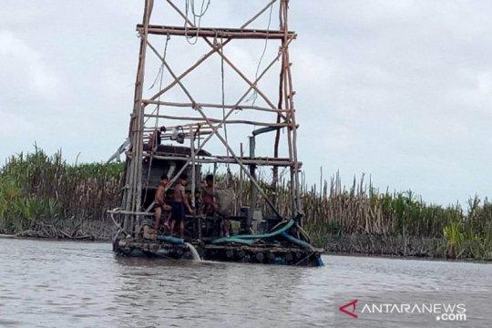 Satpol PP Belitung Timur tertibkan tambang bijih timah ilegal