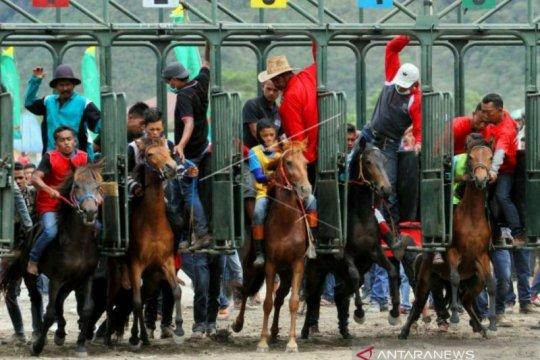 Aceh Tengah terus benahi venue pacuan kuda sukseskan PON